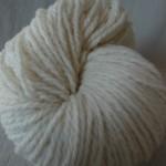 l. écheveaux laine mérinos 100 g. 7.00€